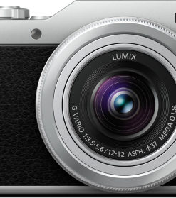 Panasonic GX800 Black front